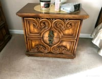 Set of two side tables Port Moody