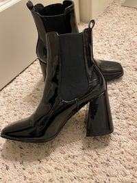 Patent leather block heel boots size 6