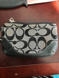 Authentic Coach wristlet Bristol, 06010
