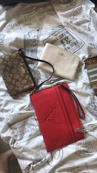 2 coach purses, 1 guess Langley, V2Y 0X1