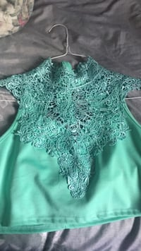Turquoise lace crop top 50 km