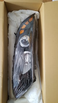 Kia Optima Headlamp Right Hand - Brand New - wrapped in plastic Toronto