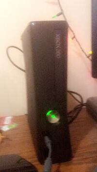 Xbox 360 + Kinect + 2 controllers + 7 games Edmonton, T6V 1R7