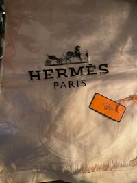 Brand new Hermes scarf now on sale for 25 Toronto, M3A 2G4