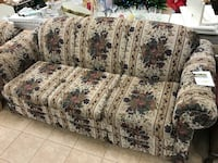 and green floral fabric 3-seat sofa