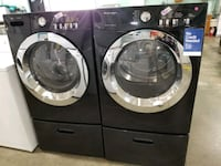 Frigidaire electric set dryer/washer 27inches.  Queens