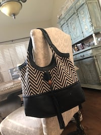 women's black and white leather shoulder bag Houma, 70360
