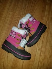 Snow boots for girl size 12