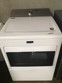 New Scratch and Dent Maytag HE Electric Dryer Irving, 75061