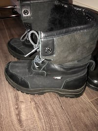 pair of black leather boots Newmarket, L3Y 5C6