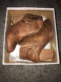XOXO Brown Booties Parkville, 21234