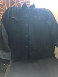 Men's Levi's jacket - Large  Toronto, M6M 2E5