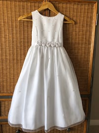 Gorgeous Dress for an 7/8 year old girl Calgary, T3M 1A1