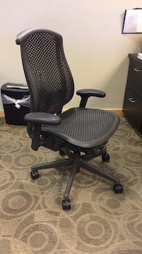 Black and gray rolling chair Arlington, 22207