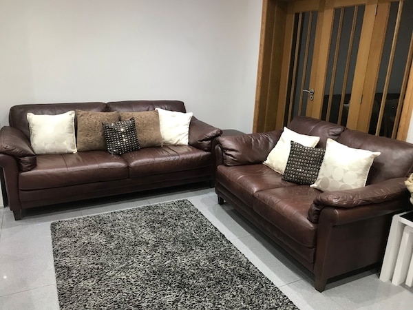 Brown Leather 3 2 Piece Sofa Set Very Good Quality Must Be Seen Er To Collect Usado En Venta Woodford Green