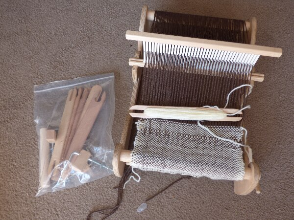 Cricket Weaving Loom, 10