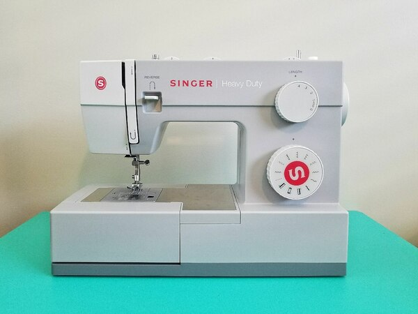 Used Singer Heavy Duty Sewing Machine Model 40 For Sale In San Enchanting White Heavy Duty Sewing Machine Model 1866