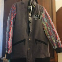 New never worn ski jacket size L NOMIS- charcoal and multicolour  VANCOUVER