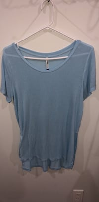 blue scoop neck t-shirt Delta, V4C 4G1