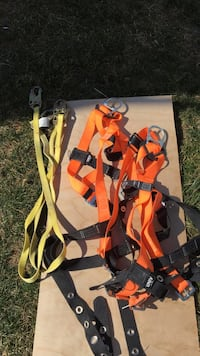 2 body harnesses with 6' tethers Frederick, 21702