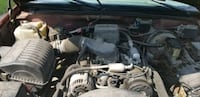 black and gray car engine bay Toledo, 43609