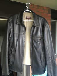 Danier leather jacket (Catalogue 81090), size M Toronto, M6J 3P1