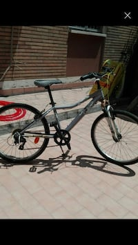 mountain bike hardtail nera e rossa Bologna, 40127