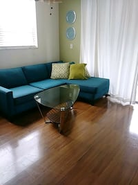 Glass and wood coffee table. Plantation, 33313