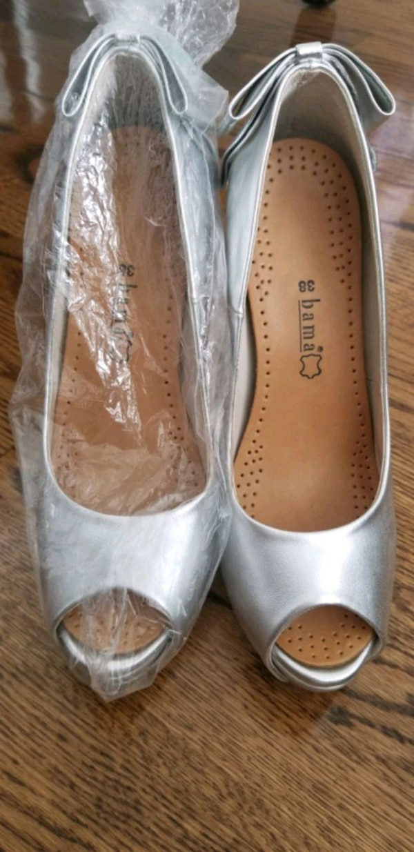 Silver shoes size 38