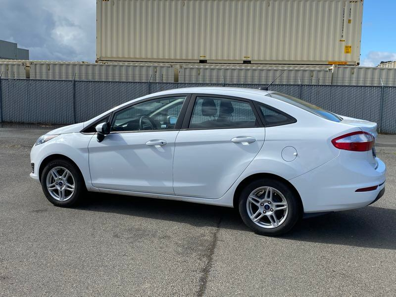 2018 Ford Fiesta SE sedan Oxford White !!! e0f3a5c3-a7cc-4524-b6f8-50bb16c29b4d