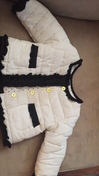 Baby's white and black jacket Kitchener, N2M 4N2