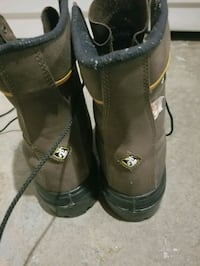 pair of brown Timberland work boots Calgary, T2A 5E5