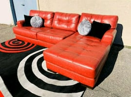 Gorgeous Red Sectional, Couch