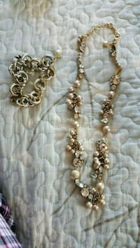 J crew necklace and bracelet set Salem, 03079