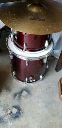 brown and white drum set Victorville, 92395