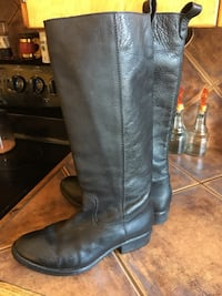 Made in Mexico,Genuine leather knee-high riding  boots Upham, E5N 3L2