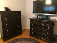 Dresser set (2).  Some knicks on the corners so seeking cheap Rockville
