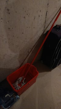 Mop and bucket Vaughan, L4L 0A8