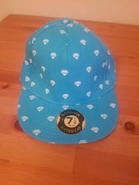 Large fitted hats Surrey, V3T 3Y4