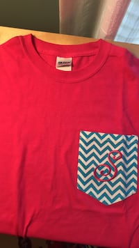 Pink S initial TShirt size small West Palm Beach, 33418