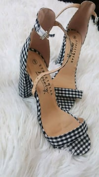 Plaid Heels Mississauga, L4T 2R6