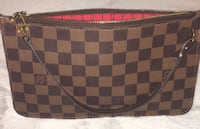 Louis Vuitton Damier Clutch