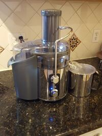 stainless steel and grey power juicer Modesto, 95354