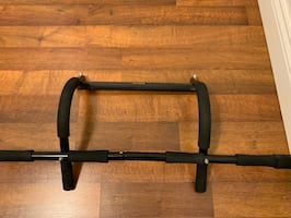 Everlast Door Frame Pull up Bar With Rotating Pushup Handles