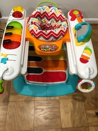 Bouncer, play gym baby with piano bottom  Olney, 20832