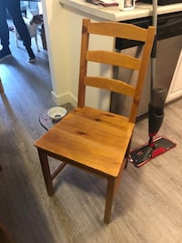 Kitchen Table with 4 chairs  Calgary, T2P 1A8