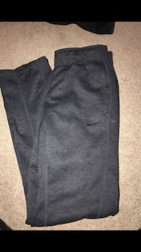 "boys. zippers on legs and stretchy waistband. length fits someone about 5'5"" or shorter  Folsom, 95630"