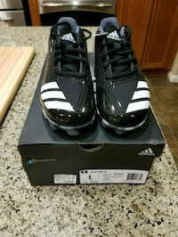Brand new baseball cleats Adidas youth size 1 Beaumont, 92223