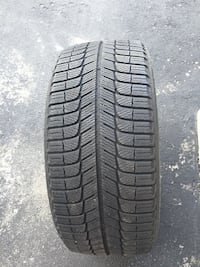 Michelin X- Ice 225 / 45R17 winter tires Kitchener, N2P 0C4