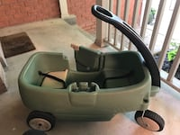 Step 2 wagon, gently used. Stored inside Whitby, L1M 1E8